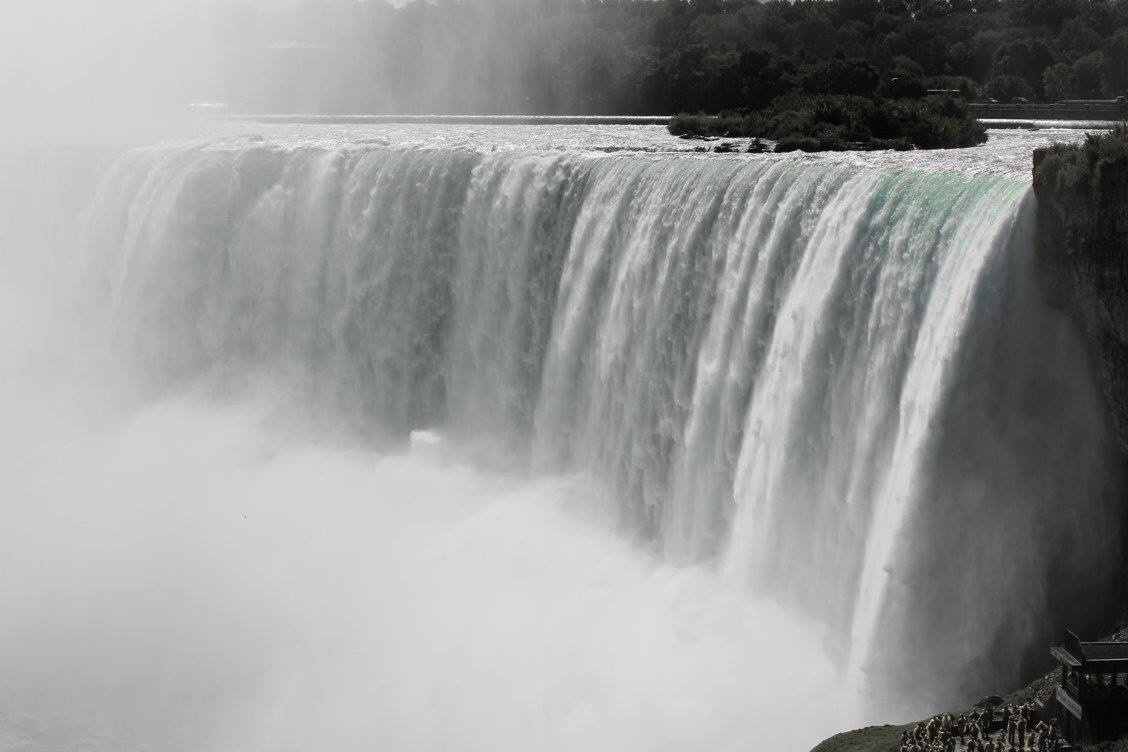 NiagaraCloseUp